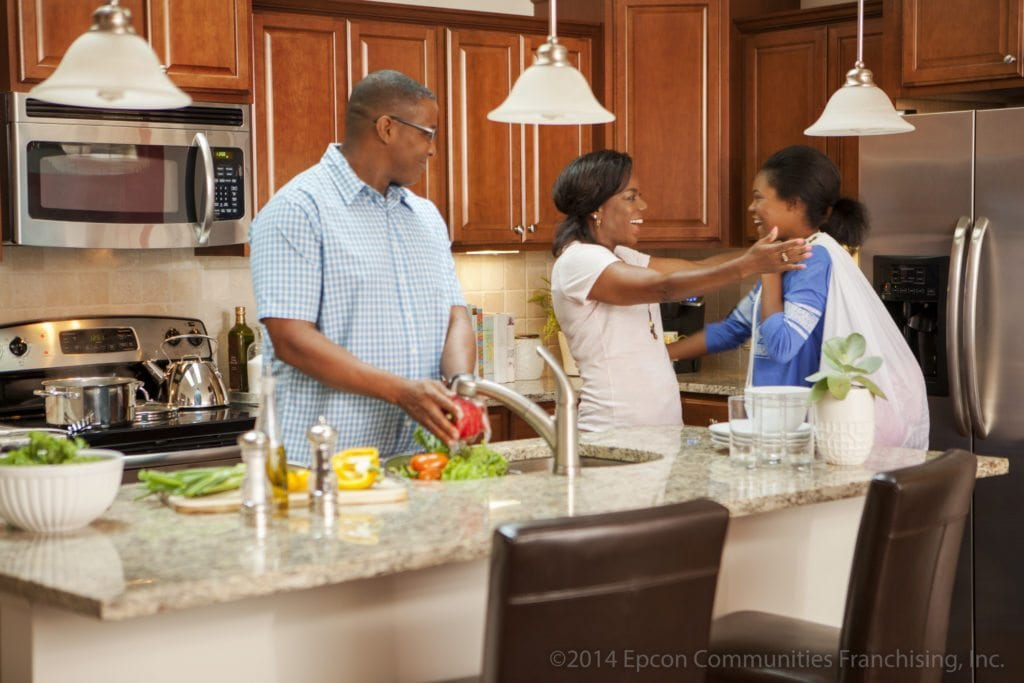 Epcon_Kitchen_Lifestyle_Family_Child-1