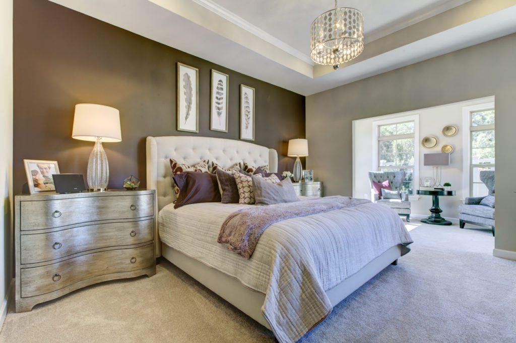 Epcon_Interior_OwEpcon_Interior_Promenade_Owners Suite with Sitting Roomners Suite with Sitting Room