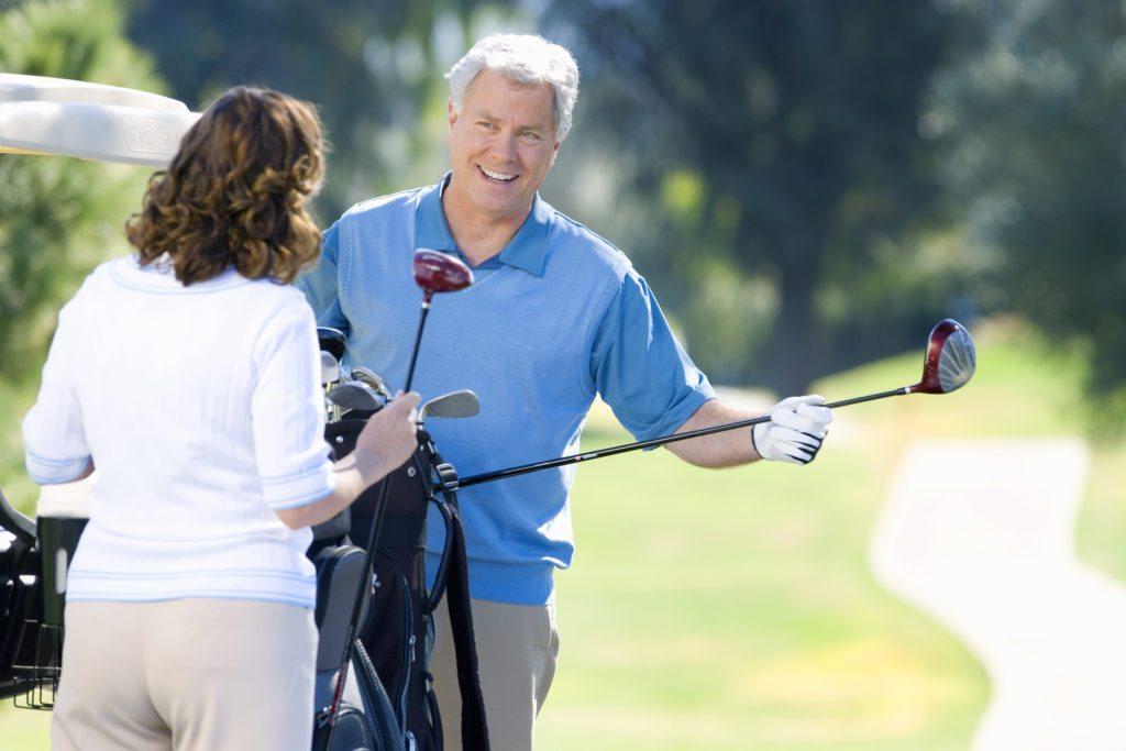 Lifestyle_Stock_Couple_Golf_69345039