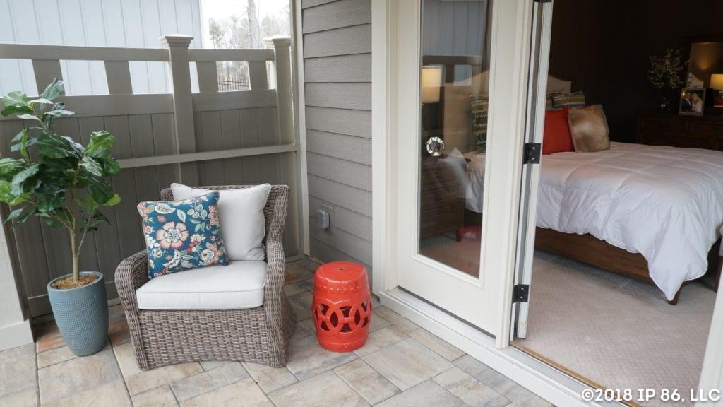 wesley chapel_promenade III_1707 wesley landing drive_interior_owners suite_courtyard_screened porch(2)